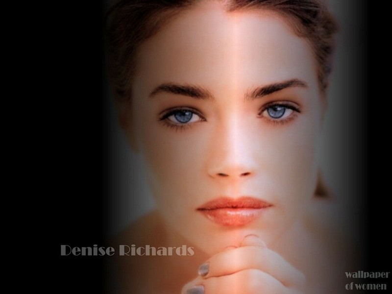 11denise richards 152
