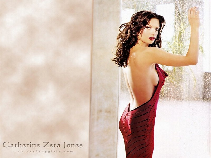 11catherine zeta jones 110
