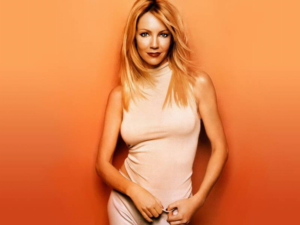 HeatherLocklear 610