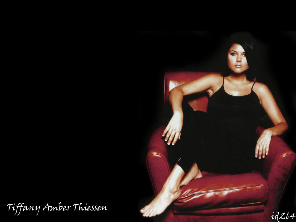tiffani amber thiessen 20