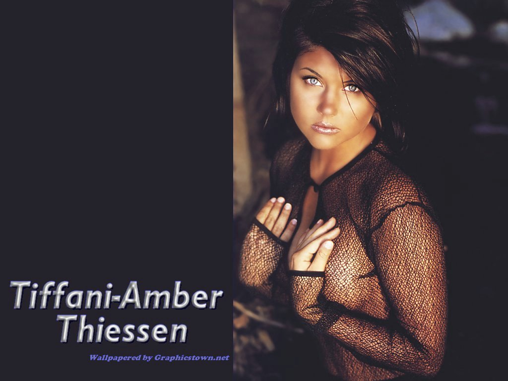 tiffani amber thiessen 4